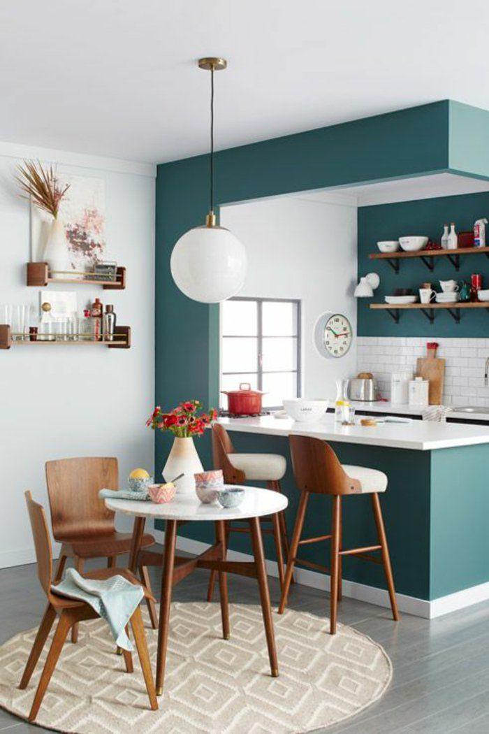 Einrichtungsideen Kleine Kueche Runder Esstisch Holzstühle ... Essplatz Fr Kleine Kchen Modern