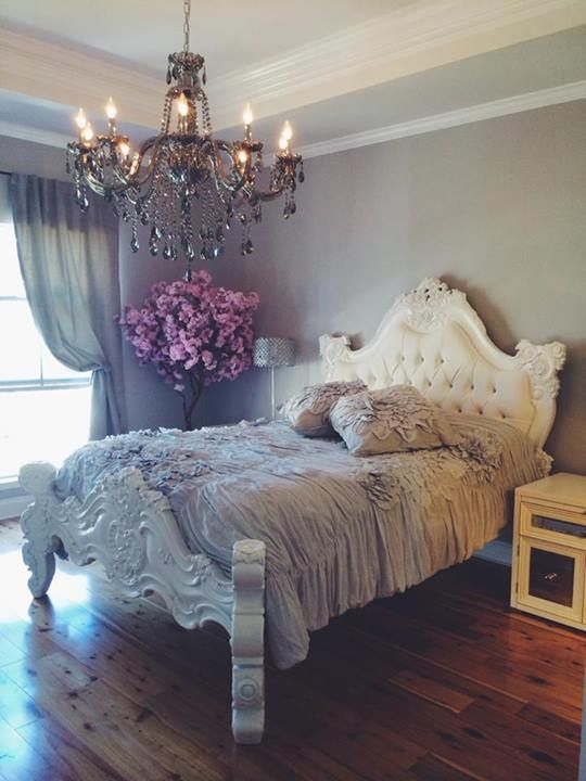 Superb Beautiful White Baroque Tufted Bed Chandelier Grey Walls Home Interior And Landscaping Eliaenasavecom