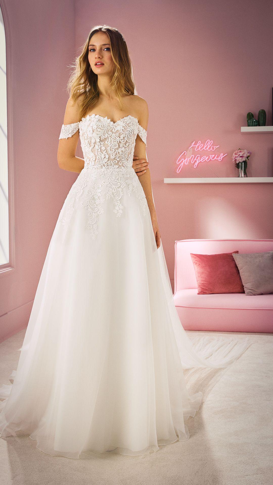 Hochzeitskleider 3 White One Kollektion Modell: DUA-B