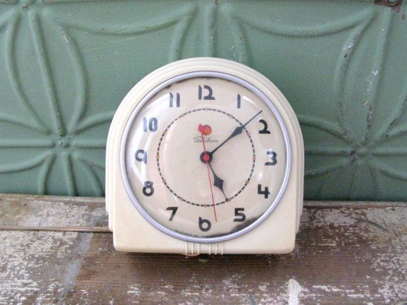 Vintage Art Deco Clock Vintage 1930 S Telechron Buffet Wall Clock Working Kitchen Clock Model 2h07 Vintage Clock Art Deco Clock Vintage Art Deco