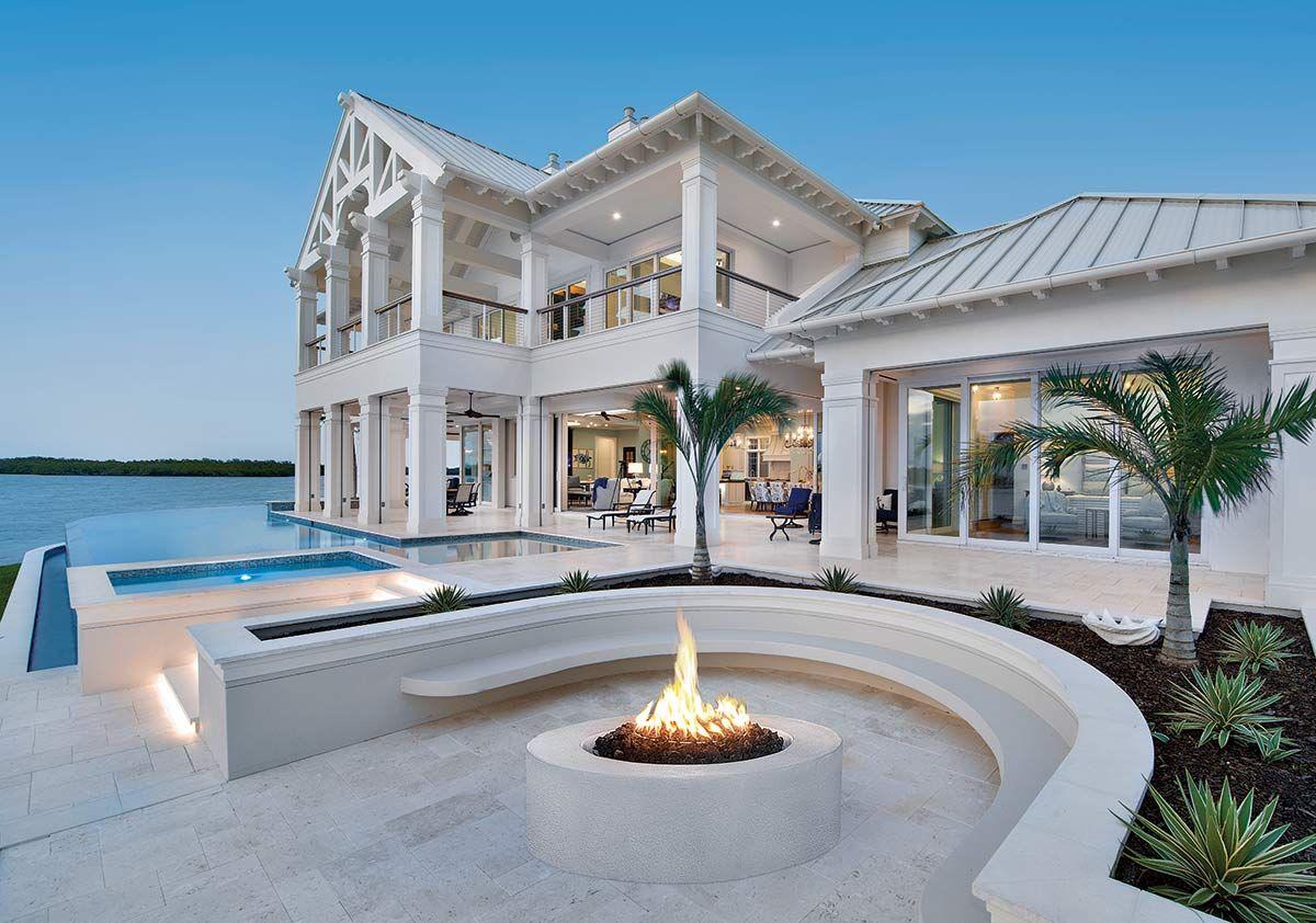 Old Florida Charm Florida Homes Exterior Beach House Exterior Luxury Beach House