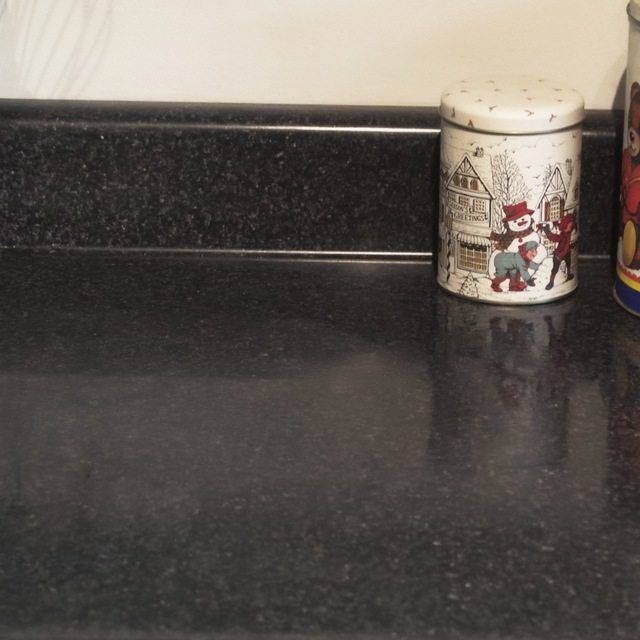 Removing Hard Water Stains From A Quartz Countertop Hunker