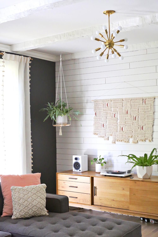 Hanging Plant Shelf Diy A Beautiful Mess In 2020 Diy Han