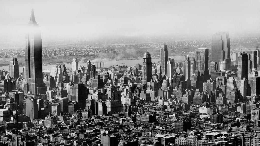 May 05, 1948 - Empire State  building, midtown Manhattan skyline. New York City