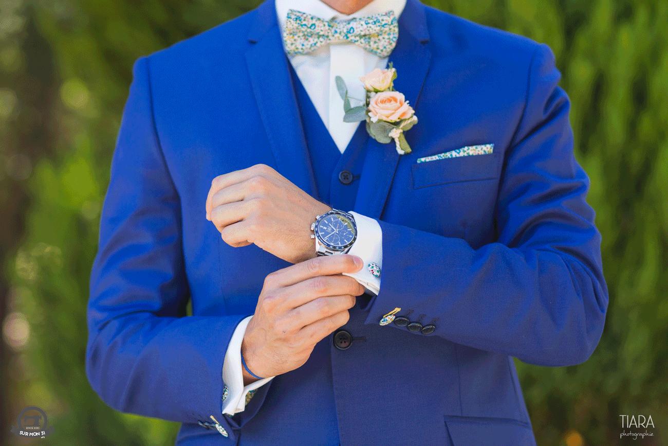 Costume de mariage bleu avec noeud papillon de couleur by Sur mon 31.   wedding  suit 2c095a8b6f35
