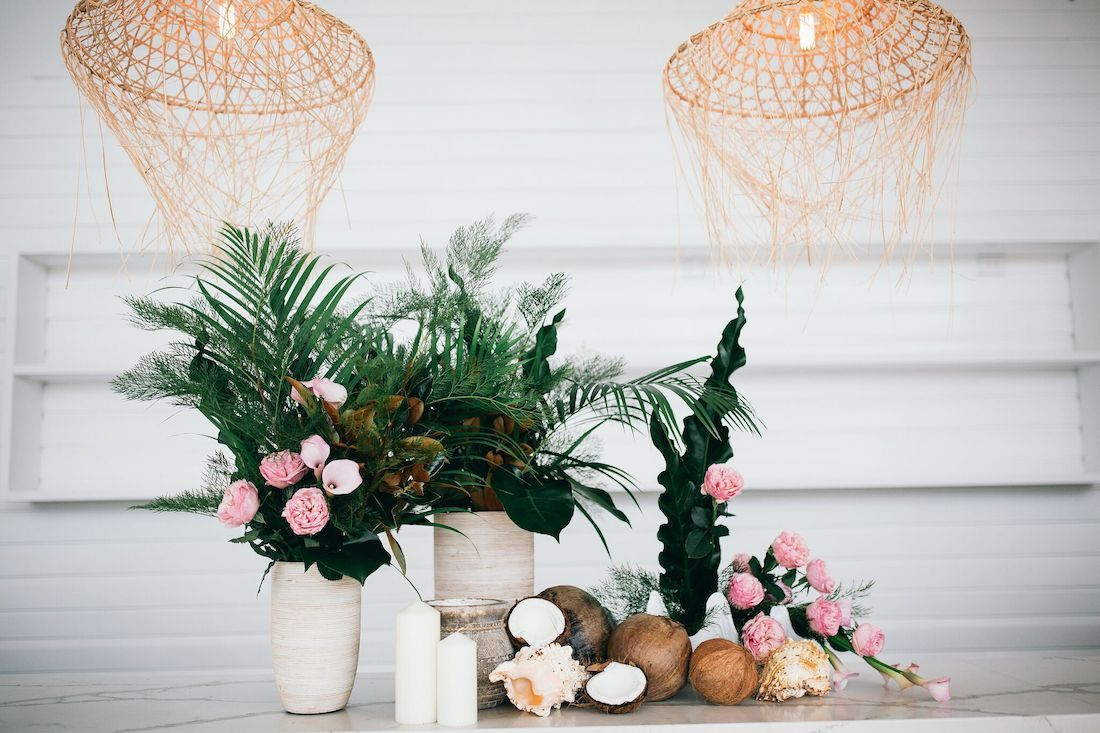 Wedding Bar Styling Tips and Inspiration! in 2018 ...