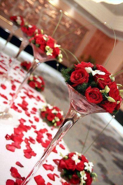 Ideal Para Una Boda En Color Rojo Sencillo Pero De Buen Gusto Centros De Mesa Para Boda Mesas De Boda Arreglos Florales