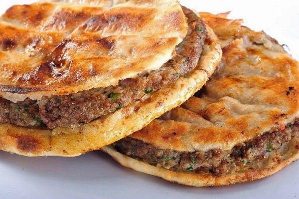 Hawawshi طريقة عمل الحواوشي الإسكندراني على أصولة Egyptian Food Food Middle Eastern Food Desserts