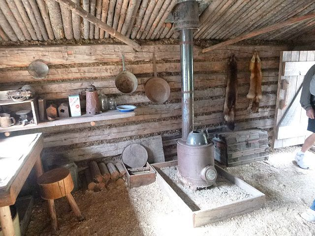 Hunting Cabin Interior Do It Yourself Hunting Cabins: Neat Easy Buildings In 2019