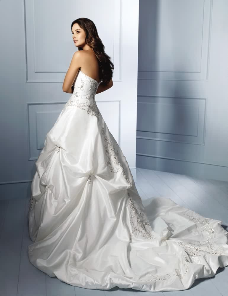 Alfred Angelo 758c Alfred Angelo Bridal Wedding Gowns Affordable Alfred Angelo 758c Alfred Angelo B Wedding Dresses Taffeta Wedding Dresses Bridal Gown Styles