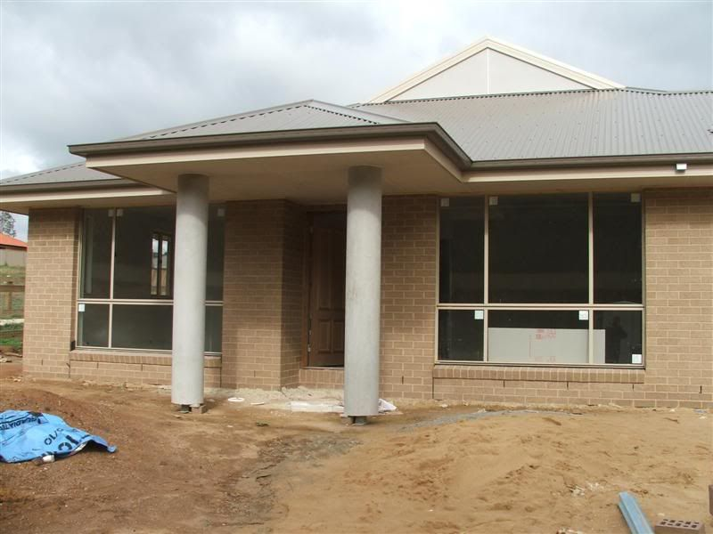 Cocoa Bricks 2007 With Light Grey Colorbond Roof And