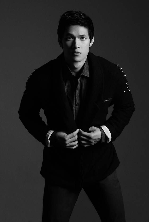 """GUYSSSS THIS IS HARRY SHUM JR, OUR OFFICIAL MAGNUS BANE IN THE """"SHADOWHUNTERS"""" TV SHOW!!!! :D 
