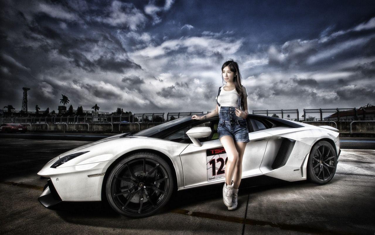 Beautiful Asian Babe And White Black Lamborghini Aventador