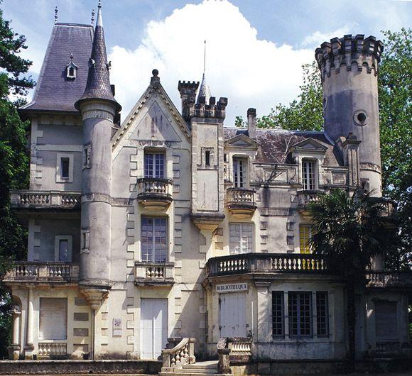 Chateau Du Bois Fleuri Lormont Aquitaine Fleurs En Bois Bois