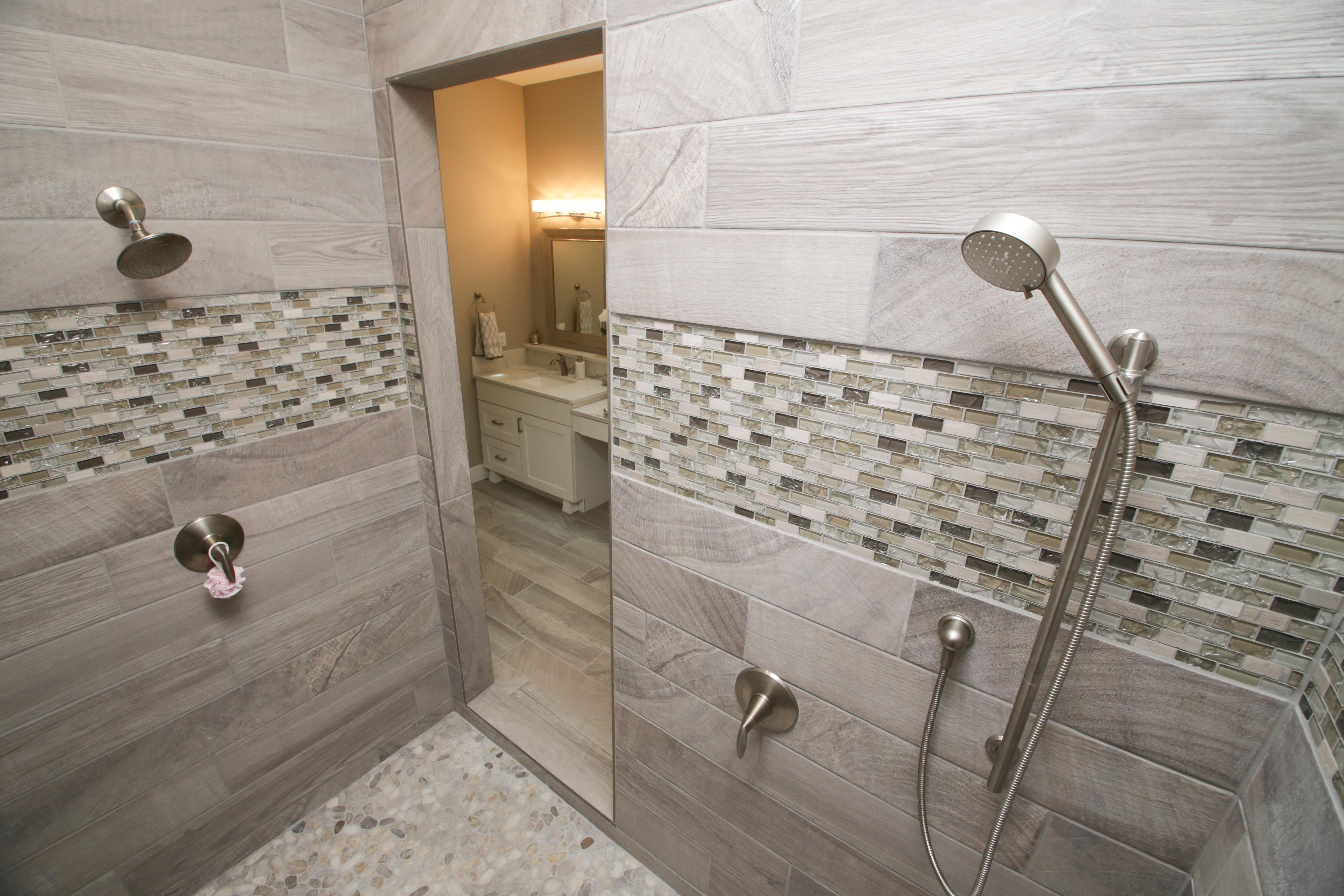 For A Show Stopping Shower At A Fraction Of The Custom Shower Cost Start With Tortuga Tile Backer Milwaukee Home Home Builders Shower Niche
