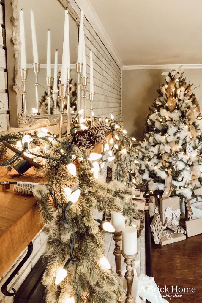 neutral christmas mantel a cozy family room for the home rh pinterest com