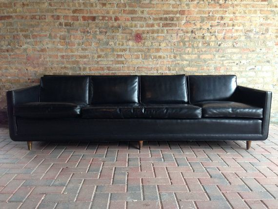 Large Black Leather Couch Needs Accent Pillows Best Leather