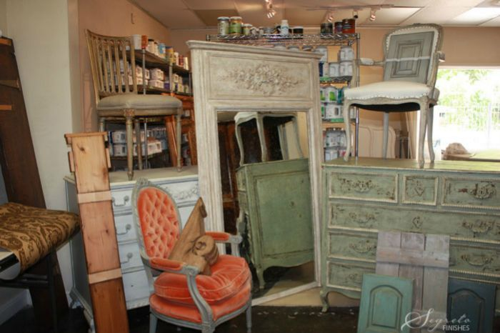 Great Ideas For Refinishing And Shabby Chic French Painted Furniture Painting Old Furniture Furniture Diy