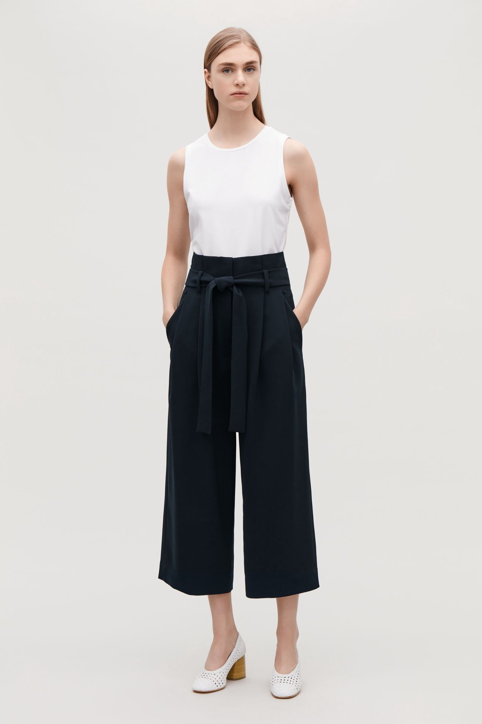 Como Usar · Cos Belted High-Waist Trousers - Navy 12 Pantalones De Mujeres bb0c52ad50d