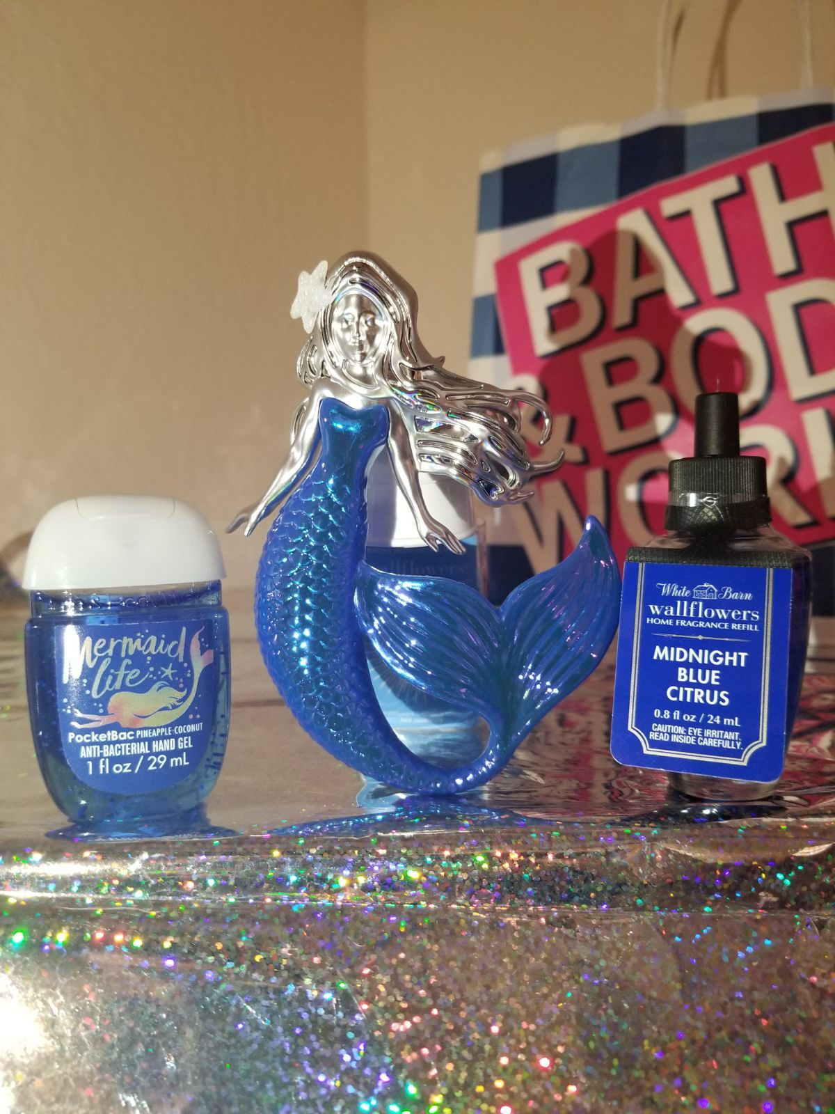 Beautiful Mermaid Wallflower Nightlight Mermaid Life Pocketbac