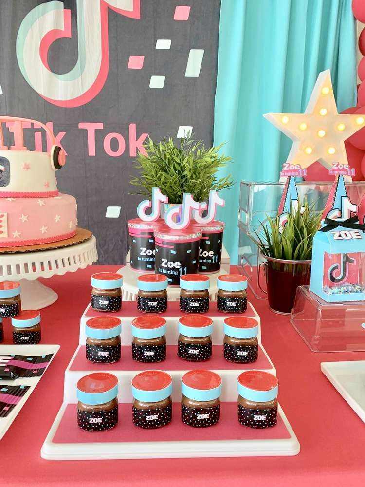 Tik Tok Birthday Party Ideas Photo 4 Of 10 Catch My Party In 2020 Double Birthday Parties Rockstar Birthday Party 10th Birthday Parties