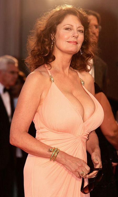 Susan sarandon celebrity milf female showing tits famous