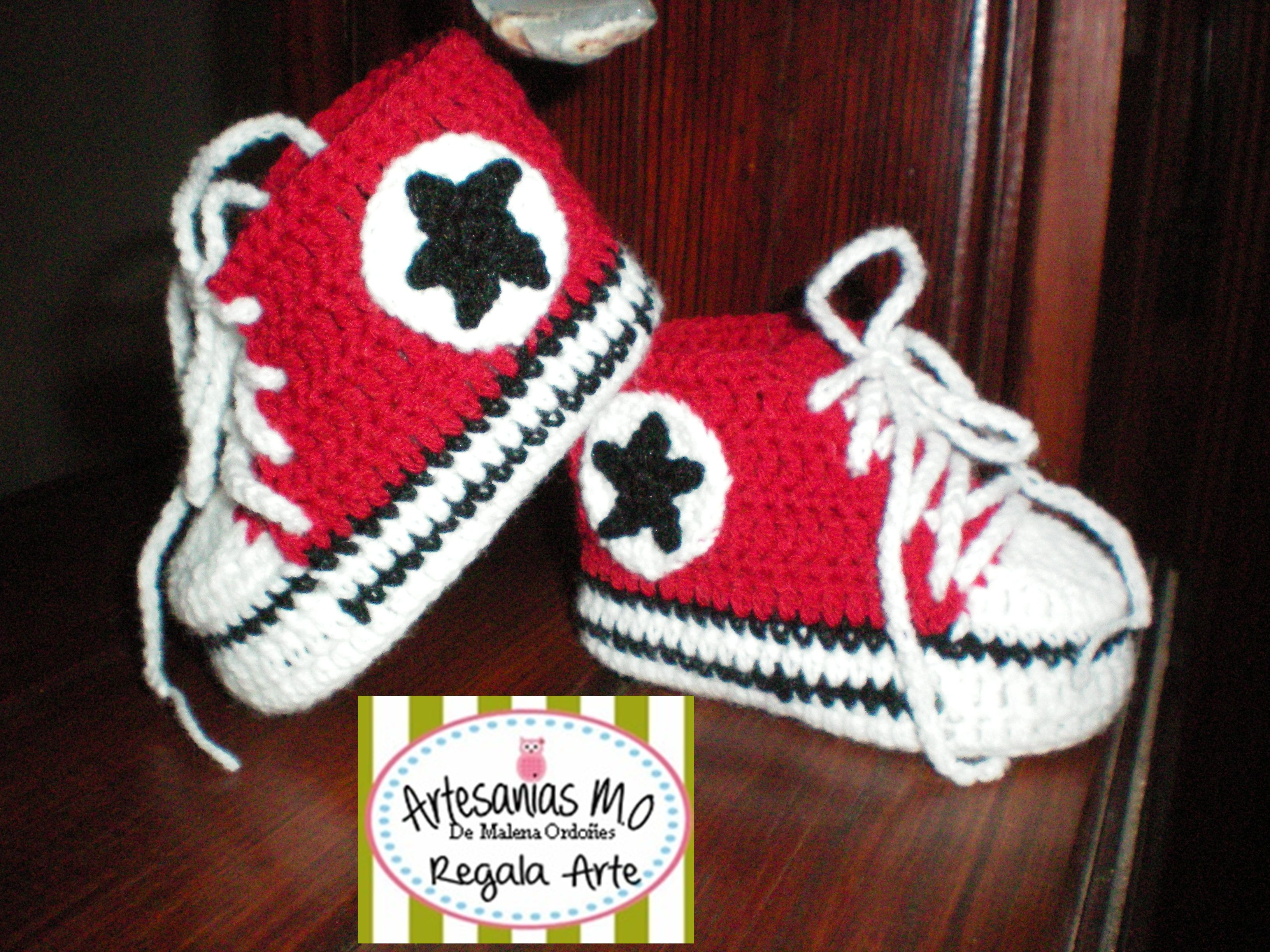 Zapas estilo converse tejidas a crochet para bebes!