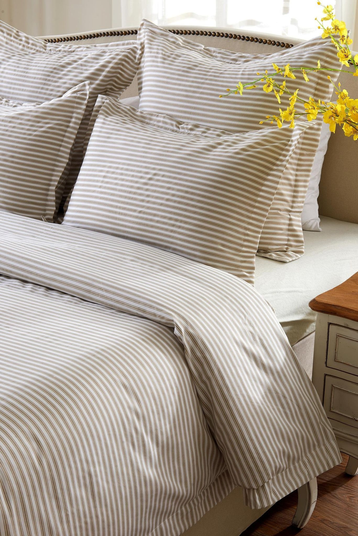 6pc Taupe White Striped Bedding Set Includes Comforter And Duvet