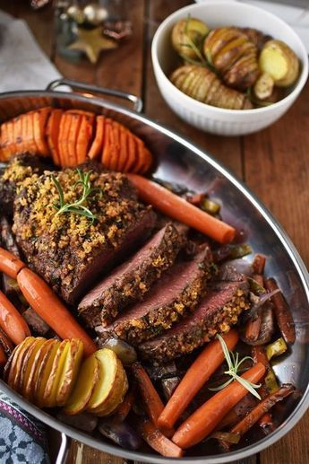 rinderfilet-mit-knusper-kraeuter-kruste-und-hasselback-kartoffeln-11 #beefdishes