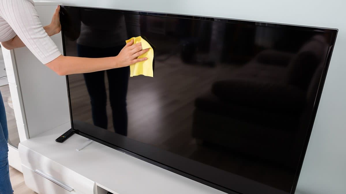 How To Clean Your Flat Screen Tv Clean Flat Screen Tv Tvs Cleaning Screens