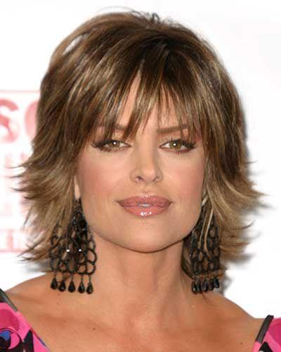 Lisa Rinna Hairstyles Lisa Rinnas Short Shag Hairstyle Bangs With Medium Hair Medium Hair Styles Short Shag Hairstyles