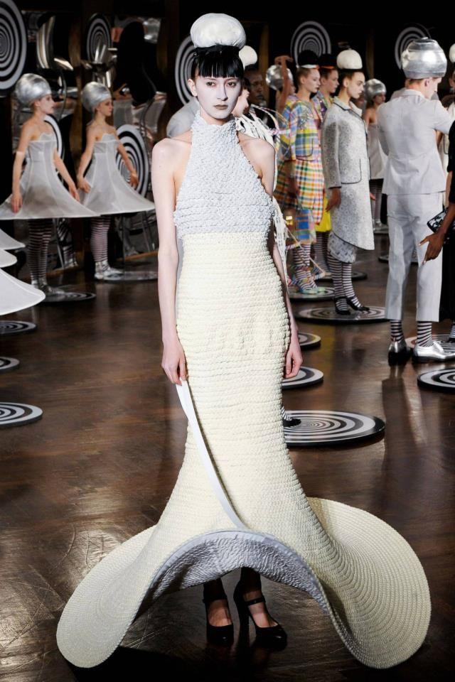 Thom Browne NYFW Womenswear S/S13 - Page 3 - StyleZeitgeist Alien Destination dressing