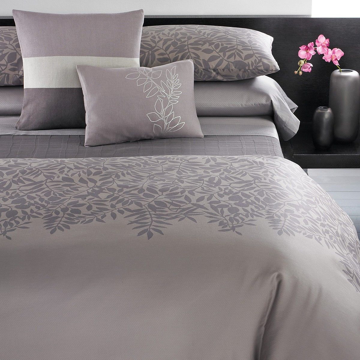 calvin pin klein s comforters collection college bound comforter bloomingdale montauk