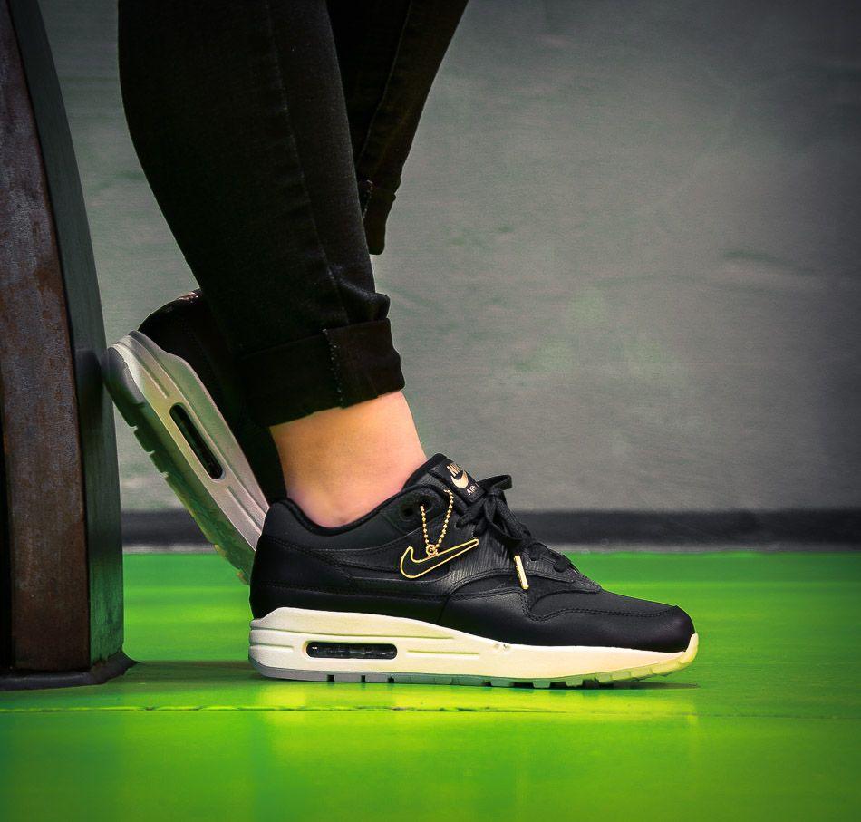 Anthrazitfarbener Nike womens Air Max 1 Premium