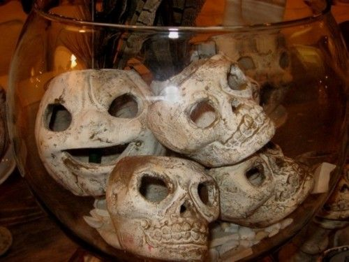 35 Ghosts, Skeletons And Skulls For Halloween Decoration - skull halloween decorations