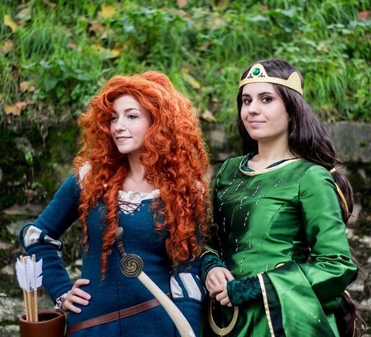Maquillage halloween coiffures et d guisement princesses disney disney coiffures et halloween - Deguisement halloween disney ...