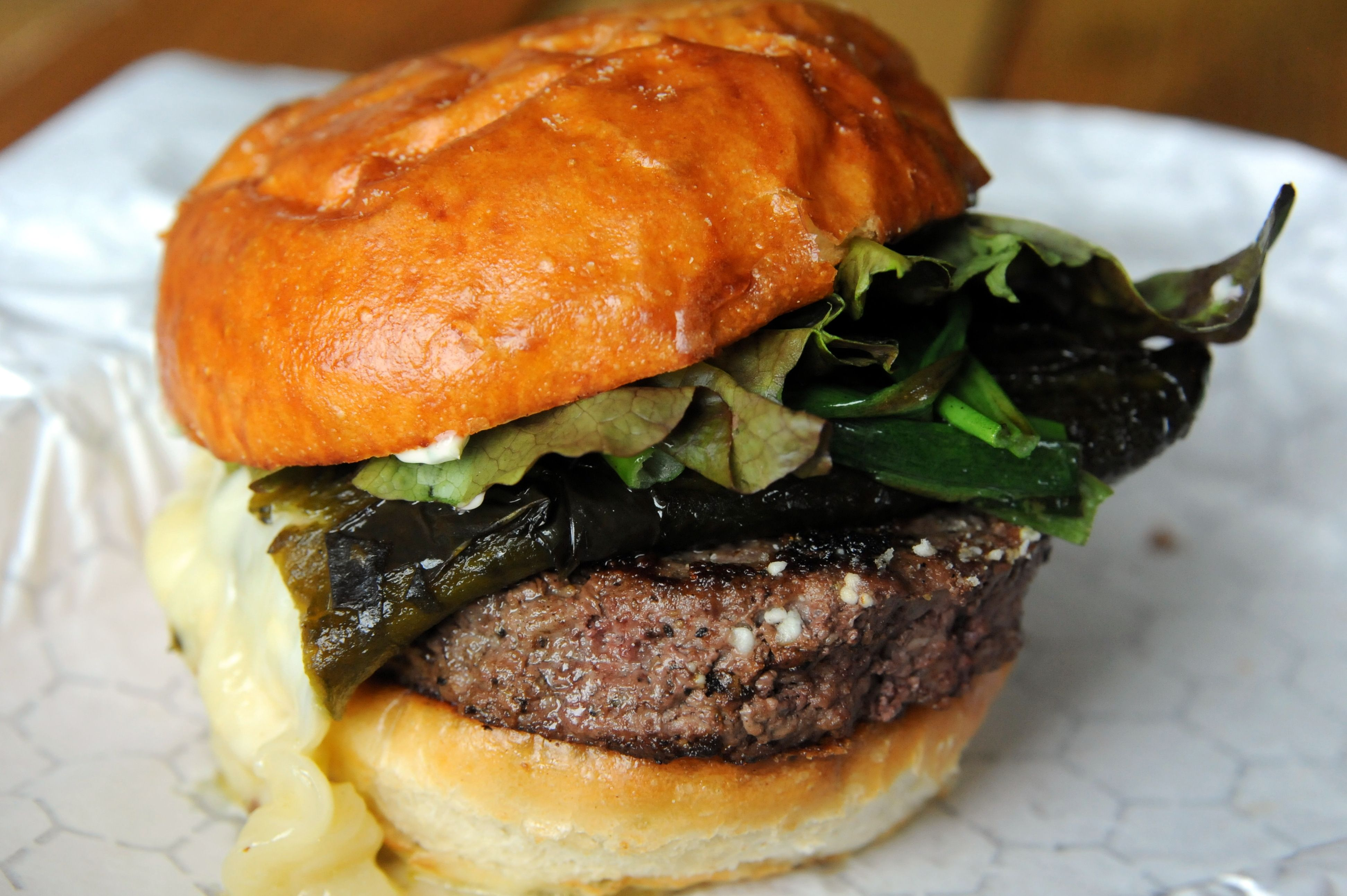 Food And Drink Try Not To Drool Over Burger Photos From New Oddly Named Restaurant Thurber Mingus Guidelive Food And Drink Food Burger