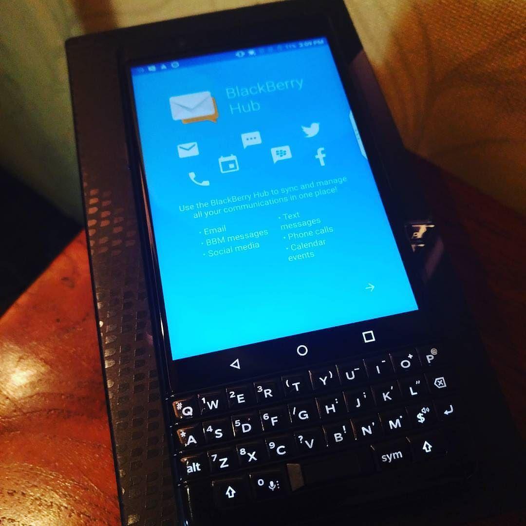 #inst10 #ReGram @sociogeeks: #blackberry #blackberryhub #blackberrykeyone #KeyOne #keyone #physicalkeyboard #photography #business #productivity #black #berry #bbmerahputih #bebold #bedifferent