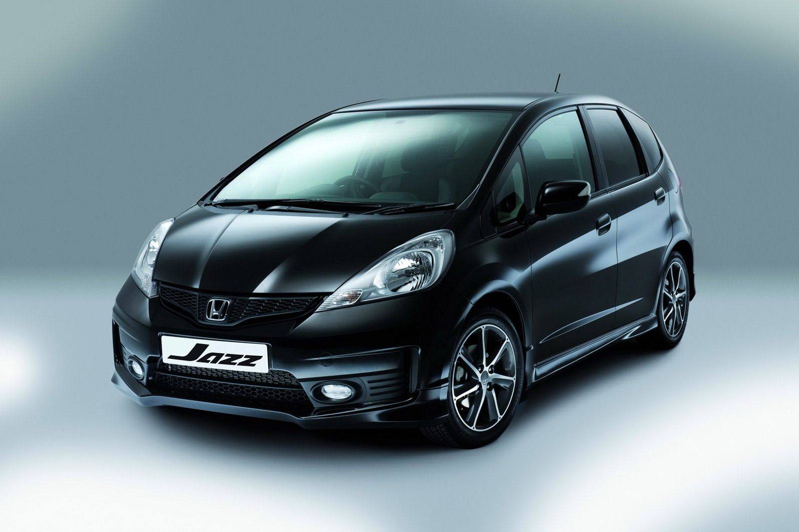 Honda jazz si in black color automotive pictures wallpapers