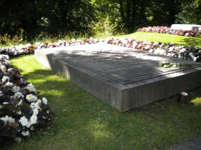 Grave Of King Gustaf Vi Adolf And His Two Wives Crown Princess Margaret Queen