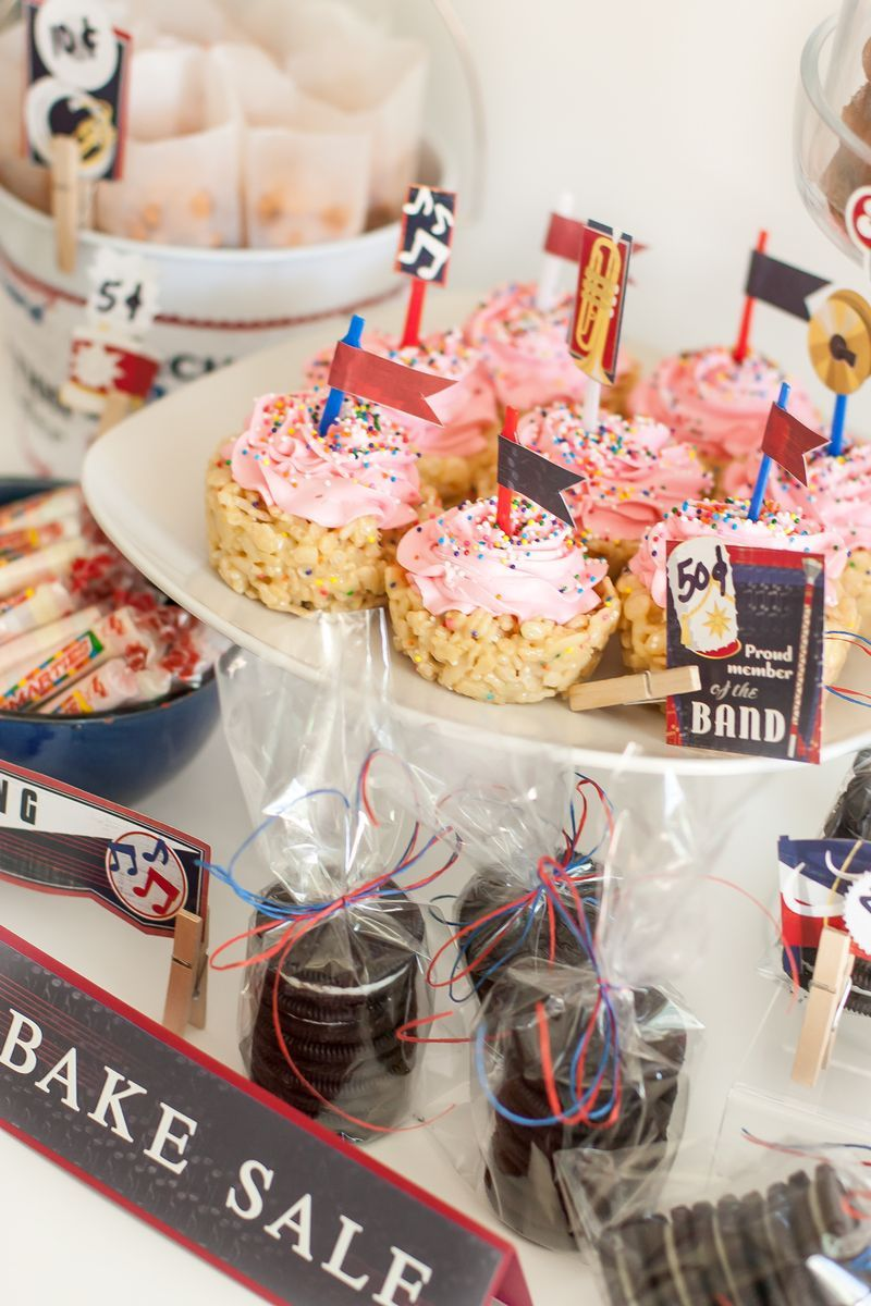 Back To School Bake Sale With Images Bake Sale Displays
