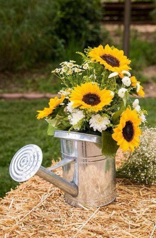 Pin By Treena Manion On In Color Sunflower Wedding Decorations Outdoor Wedding Decorations Sunflower Party