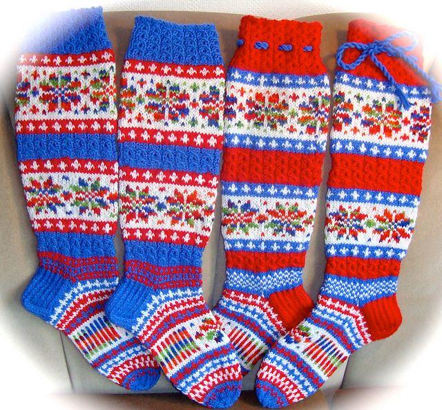 Ravelry: JoulunTaika-sukat pattern by Sinikka Nissi