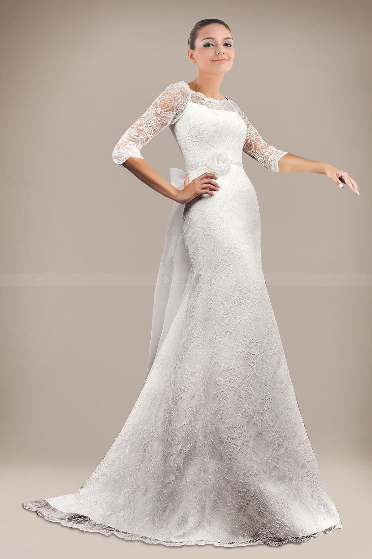 Outstanding Sheath Wedding Dress Holding Floral in Luxury