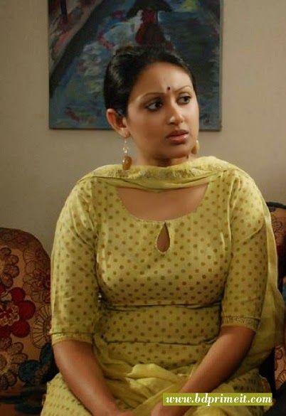 Model actress Kusum Shikder hot Photos. http://www.bdprimeit.com