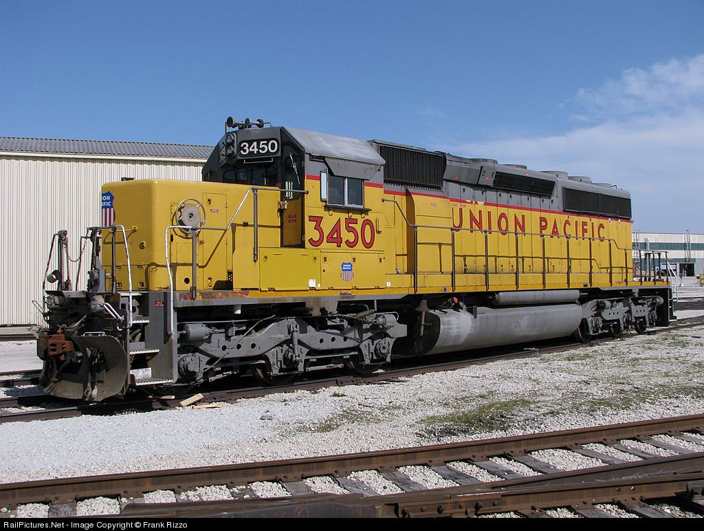 UP 3450 Union Pacific EMD SD40-2 at La Grange, Illinois