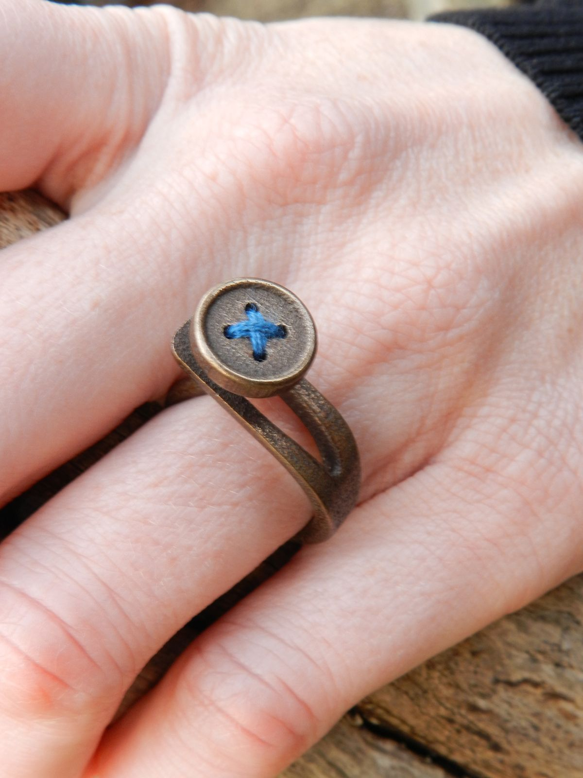 Buttonhole Ring | Wear | Pinterest | 3d printing technology, 3D ...