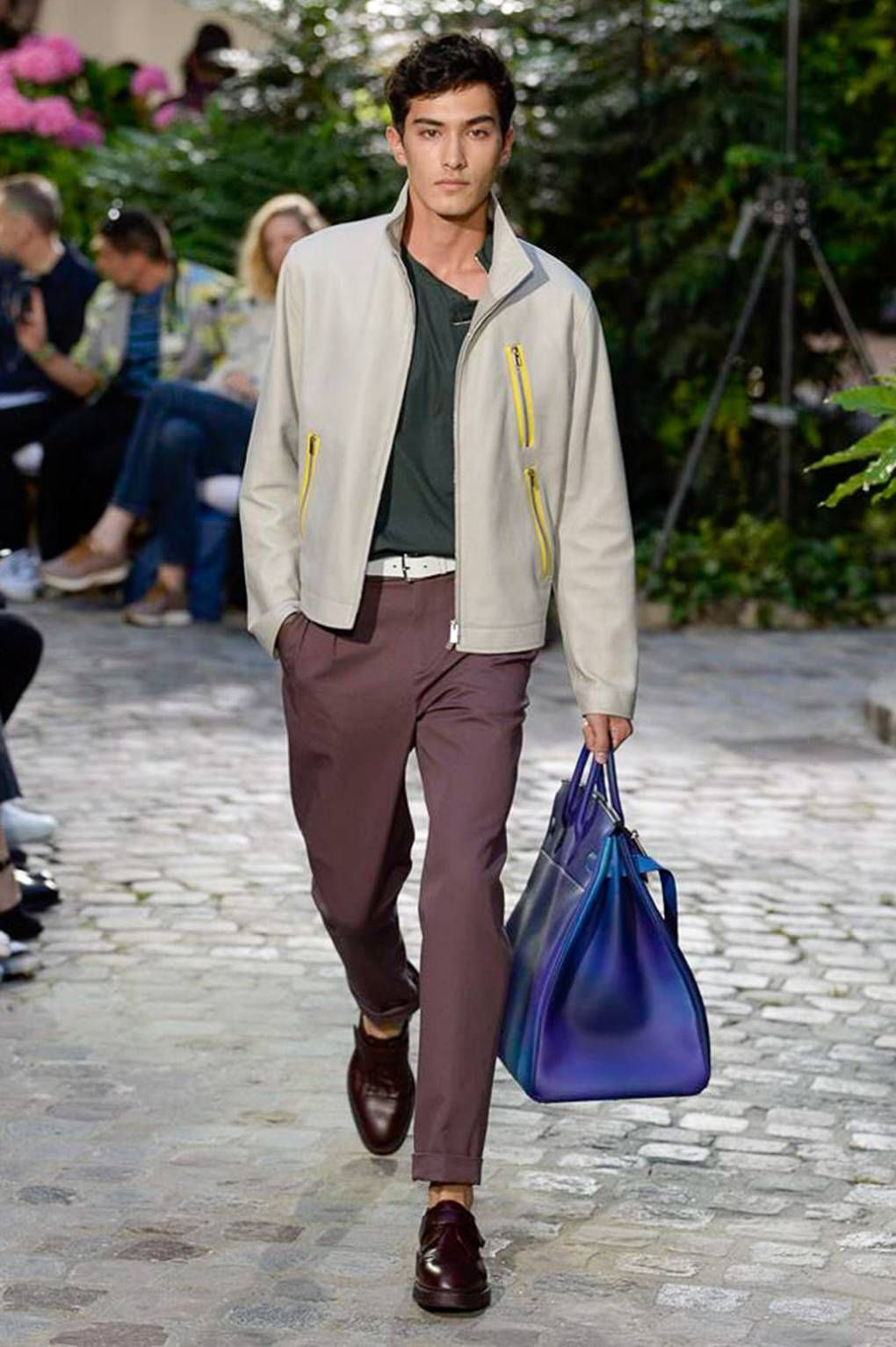 c5f07eb9ef10 Hermès captures the elegant spirit of leisure with its spring-summer 2019  collection. Véronique Nichanian prepares the label s man for warm summer  days in…