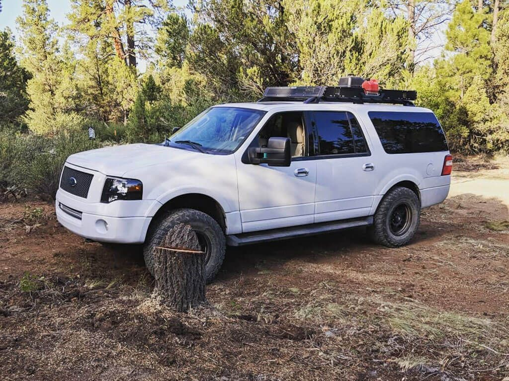 Ford Expedition 33 Inch Tires Vs 35 Pictures Lift And Wheel Specs Ford Expedition Ford Excursion Expedition