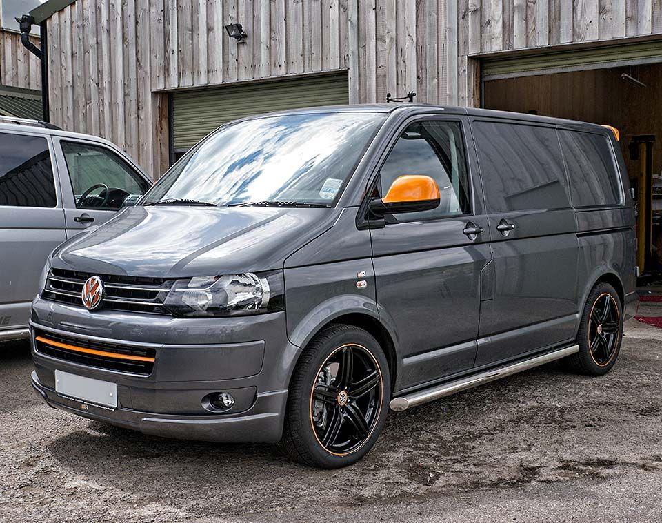 vw t5 camper cool in grey with orange cool machines. Black Bedroom Furniture Sets. Home Design Ideas
